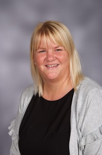 Mrs E. Kerr